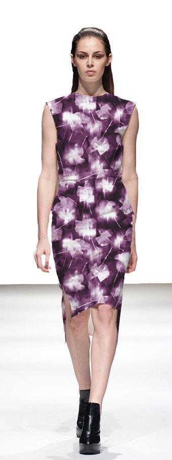 Pink summer blues dress catwalk width340