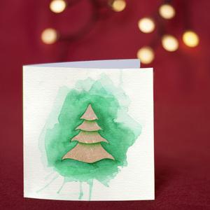 Splashing fir tree